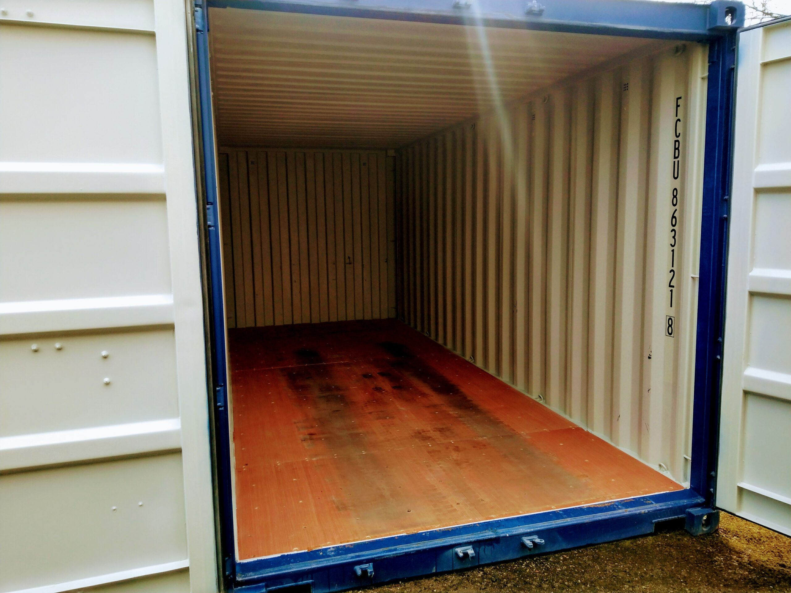 Uus konteinerladu NR 12