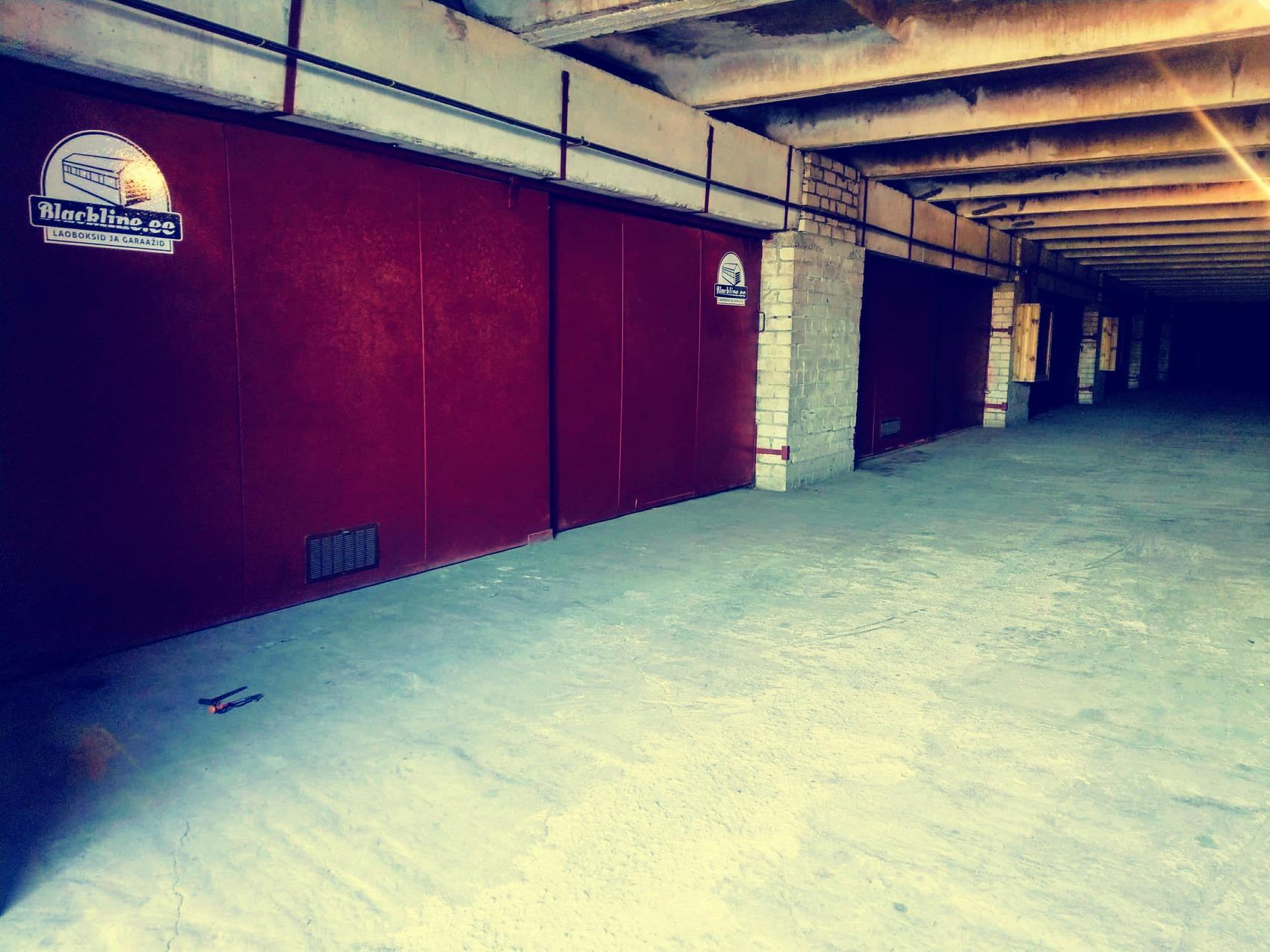 Keila, Piiri 11: kahekohaline garaaž nr. 26 ja 27